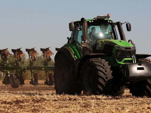 Карьера тракториста - АНО ДПО Учебный центр Лидер плюс